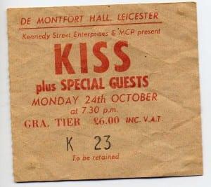 0023 kiss